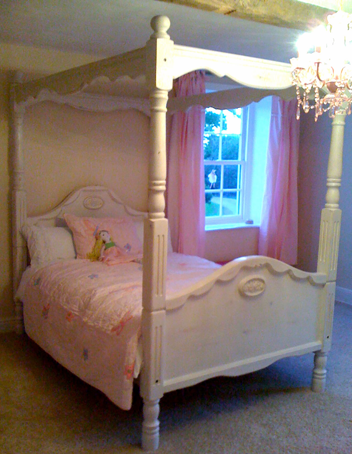 distressed painted solid wood children's bedroom furniture