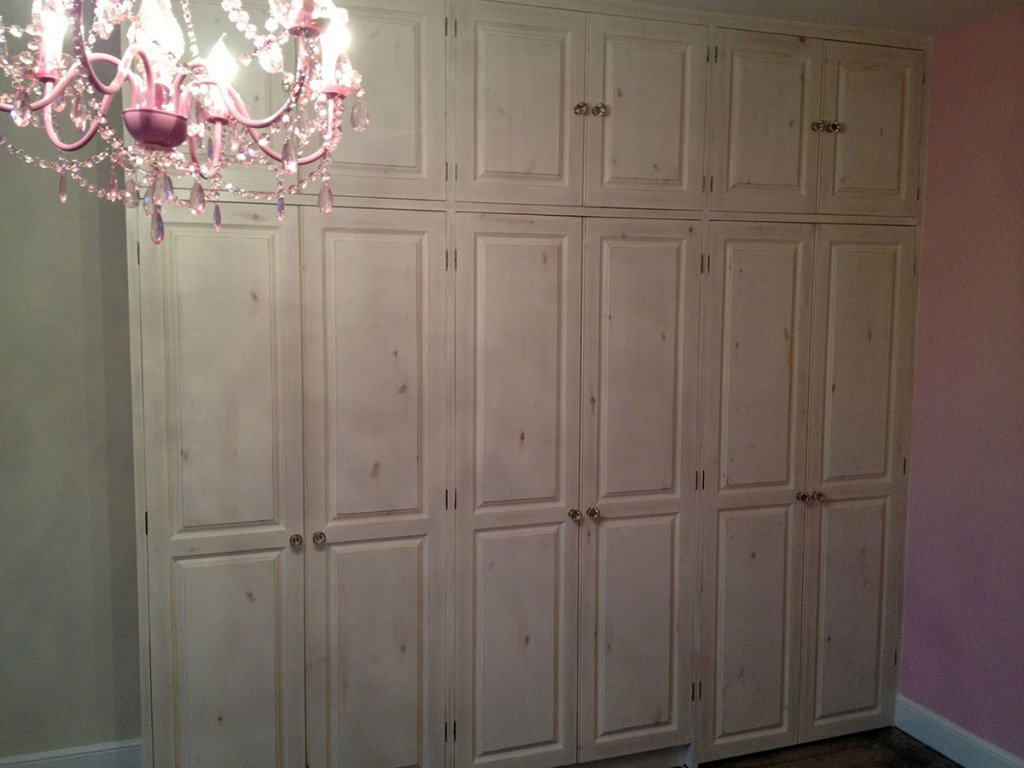 bespoke-painted-wardrobe