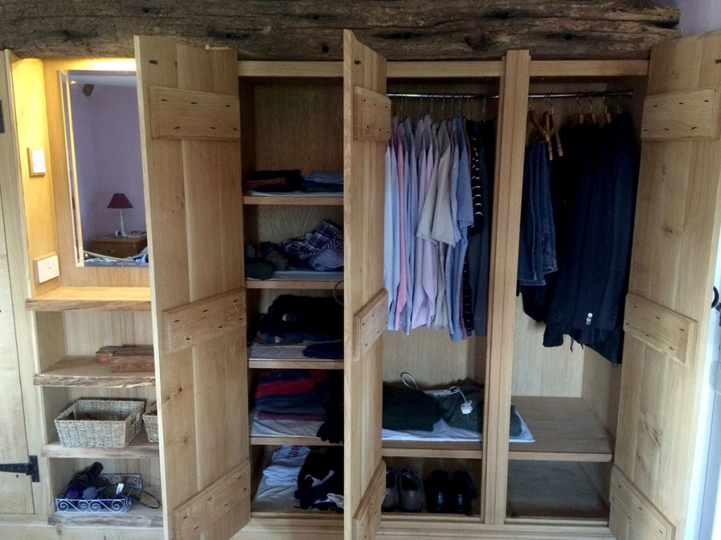 custom-fitted-solid-wooden-wardrobe-design-norwich