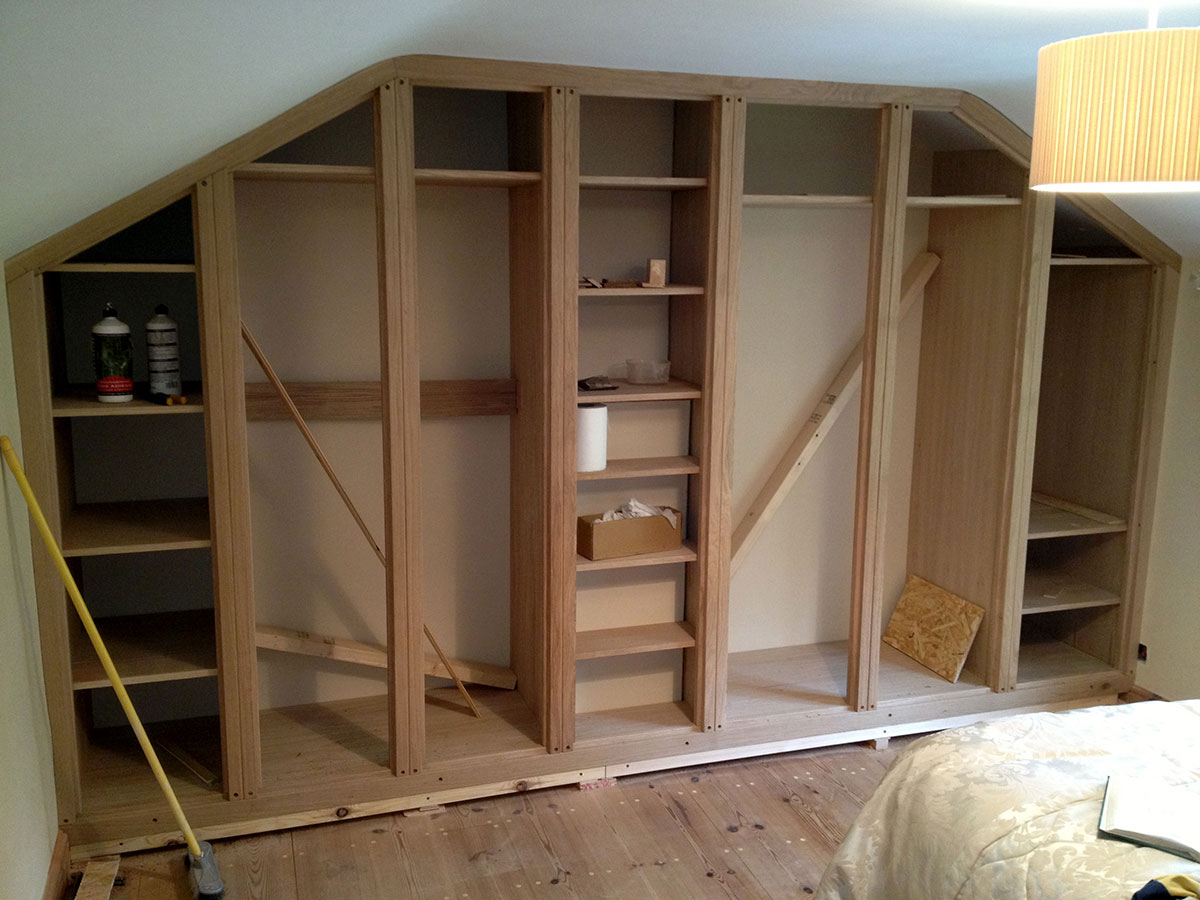 custom-fitted-solid-wood-wardrobe-norfolk