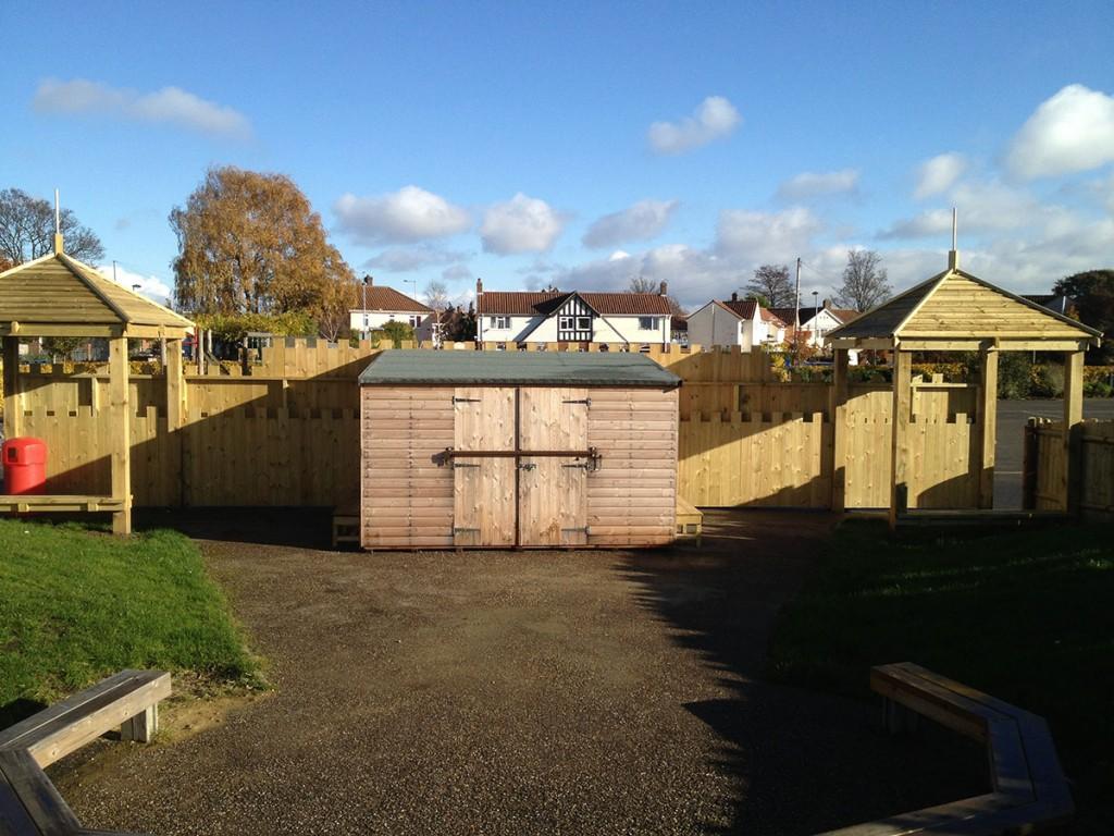 wooden-school-fort-norwich